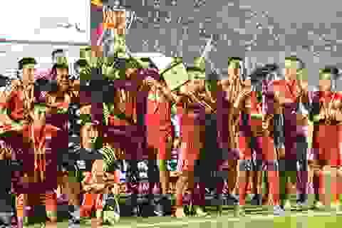 Nâng cúp quốc gia, B.Bình Dương hoàn tất cú đúp của mùa giải