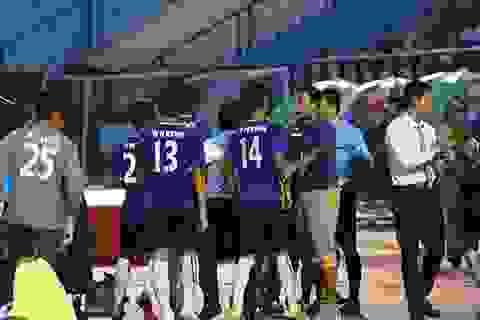 Rượt đánh trọng tài Phùng Đình Dũng, cầu thủ Myanmar sẽ bị phạt nặng