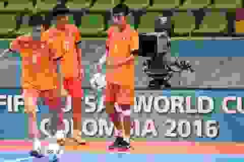 Đội tuyển futsal Việt Nam khởi động cho trận đấu lịch sử tại World Cup