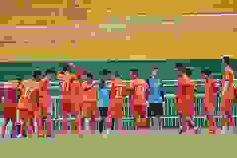 HLV Nguyễn Hữu Thắng chốt danh sách đội tuyển Việt Nam dự AFF Cup