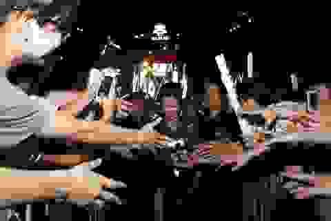 """Khán giả Quảng Ninh """"choáng ngợp"""" trước dàn sao The Remix"""