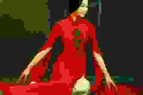 Nghệ nhân áo dài Lan Hương đem áo dài đến Trung Quốc