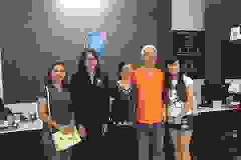 Lạc mất vợ ở Thái Lan và những câu chuyện thấm đẫm tình người