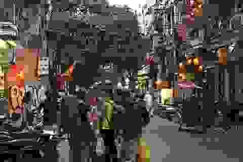 """Giới du lịch hào hứng với việc Hà Nội chuẩn bị gỡ bỏ """"giờ giới nghiêm"""""""