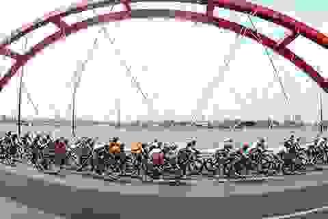 Giải đua xe đạp cúp truyền hình TPHCM 2015: Non sông liền một dải