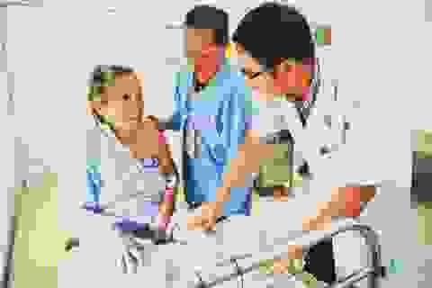Đau chân trái dữ dội, cụ bà 83 tuổi bị tắc mạch chi dưới