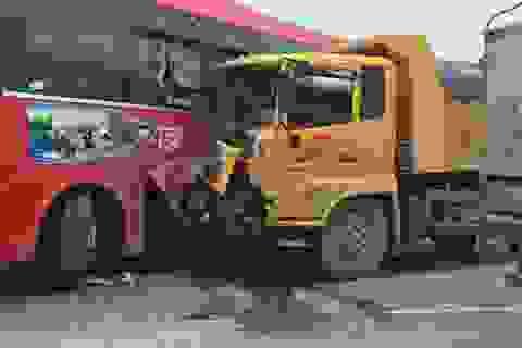 Chưa đầy 6 giờ, xảy ra 4 vụ tai nạn, 3 người bị thương