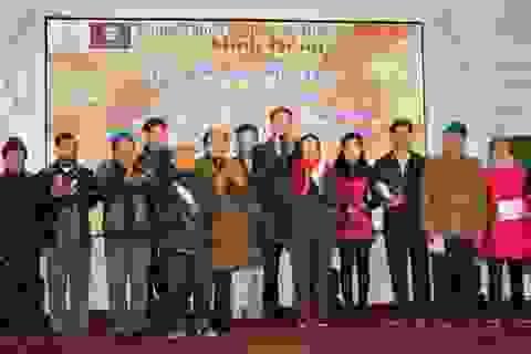 Trao hơn 900 triệu đồng cho nạn nhân chất độc da cam ở Nghệ An