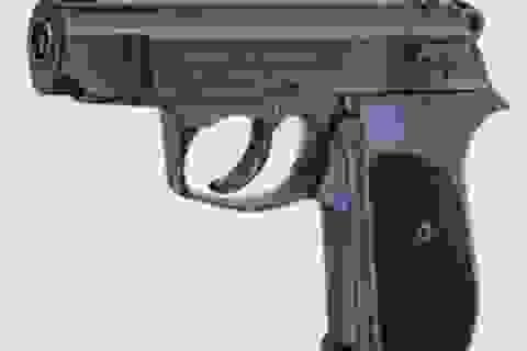 Học sinh lớp 5 tử vong do súng cướp cò