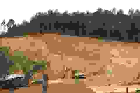 """Chính quyền lên tiếng việc """"tiếp tay"""" cho doanh nghiệp xẻ thịt đất tràn lan"""