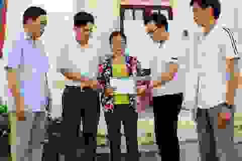 Quỹ Nhân ái chia sẻ 6 gia đình ở Nghệ An có người gặp nạn trong bão số 4