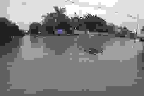 Nghệ An: 35 xã bị cô lập, 2 người chết vì mưa lũ