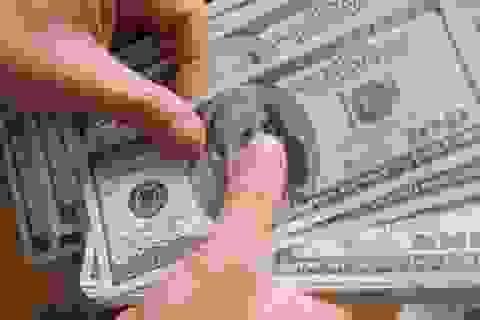 """Tháo """"chốt hãm"""" chuyển tiền đầu tư ra nước ngoài"""