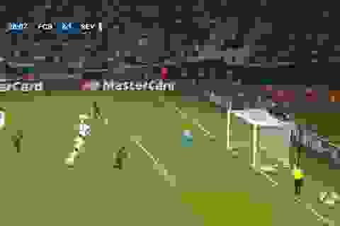Tranh cãi: Suarez mất oan bàn thắng vì trọng tài