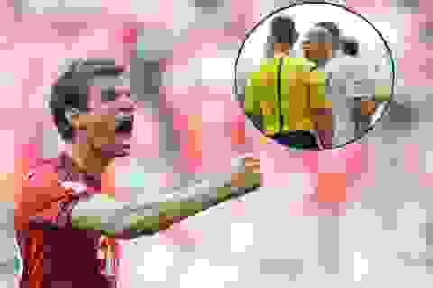 """Trọng tài """"vẽ ra"""" phạt đền giúp Bayern Munich chiến thắng"""