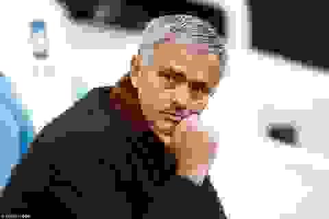 Chelsea cân nhắc việc sa thải, Mourinho có một tuần thử thách
