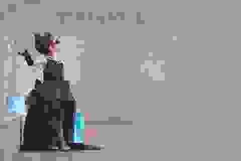 Bé gái 5 tuổi hóa thân thành nàng Audrey Hepburn