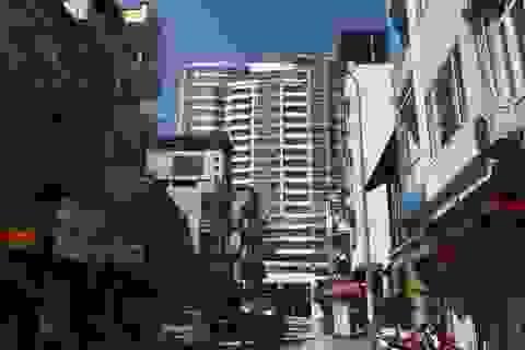 """Hà Nội: Bức xúc của cư dân chung cư giá """"vàng ròng"""" bao giờ được giải toả?"""