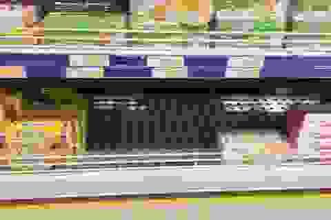 """Nhiều cửa hàng, siêu thị đã """"bán hết, về ăn Tết"""""""