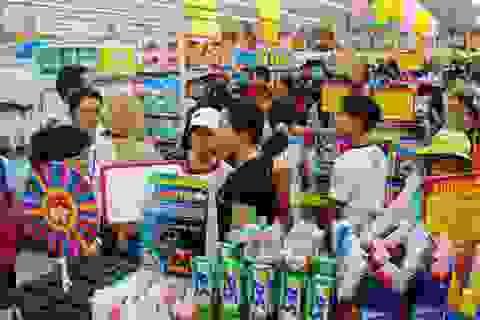 """Lo """"cá mập nước ngoài"""", doanh nghiệp bán lẻ trong nước xin hàng loạt ưu đãi"""