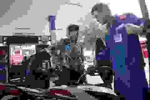 Giá xăng có khả năng tăng 500 - 600 đồng/lít vào ngày mai