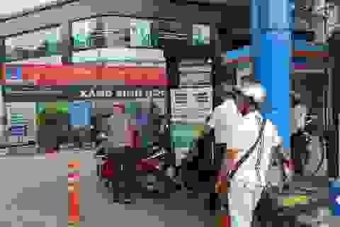 Xăng dầu lại chịu áp lực tăng giá mạnh vào ngày mai