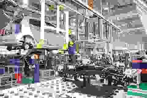 """Việt Nam tiếp tục ưu đãi nuôi """"giấc mơ"""" công nghiệp ô tô phát triển"""