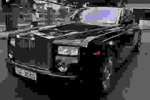 """Đại gia """"ẩn danh"""" tặng siêu xe Phantom để bán, hỗ trợ Quảng Ninh"""