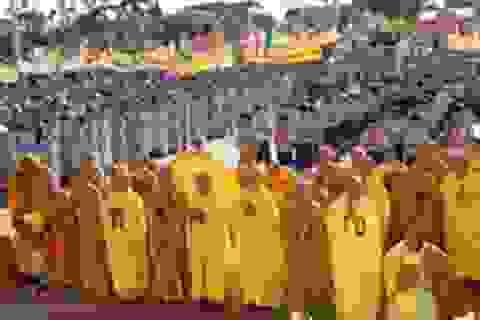 Đại lễ Phật đản 2014: Thắt chặt đoàn kết, ngăn chặn chiến tranh