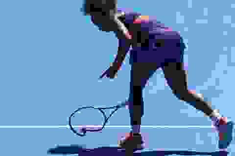 Serena Williams thua sốc trước tay vợt 19 tuổi