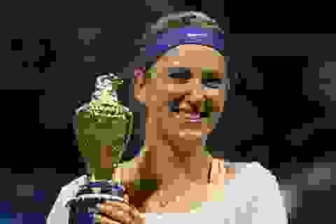 Serena Williams không thể chiếm ngôi của Azarenka tại Qatar