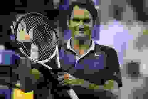 """Theo Nadal, Federer """"tốc hành"""" tiến vào vòng 4"""