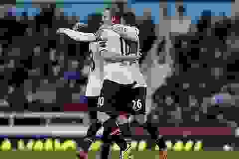 Màn tỏa sáng rực rỡ của Wayne Rooney tại Upton Park