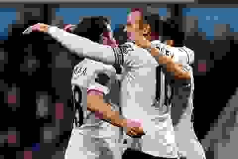 """""""Siêu phẩm"""" của Rooney giúp MU kéo dài chuỗi ngày vui"""