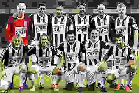 """Zidane, Ronaldo """"béo"""" sát cánh trong trận đấu gây quỹ từ thiện"""