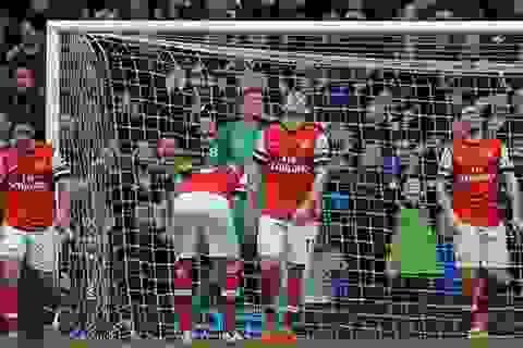 Arsenal thua tan nát trên sân của Everton