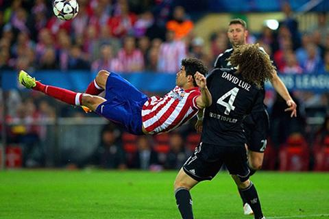 Chelsea cầm chân Atletico tại Vicente Calderon