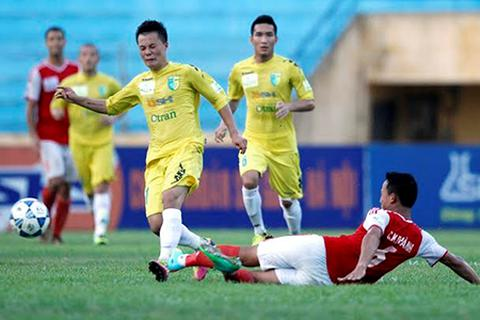 Samson lập cú đúp giúp Hà Nội T&T đánh bại Đồng Nai