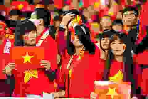 Cổ động viên chết lặng với trận thua không tưởng của tuyển Việt Nam