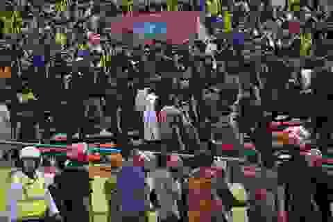 CĐV Malaysia tấn công CĐV Việt Nam