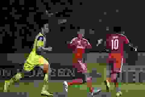 Hạ gục SL Nghệ An, B.Bình Dương toàn thắng cả 4 trận