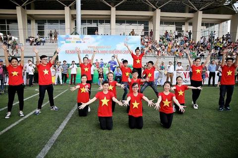 Sôi động VCK Festival bóng đá học đường năm 2013