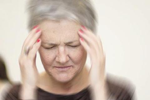 Hành trình 30 năm tìm phương thuốc chữa rối loạn tiền đình cho mẹ