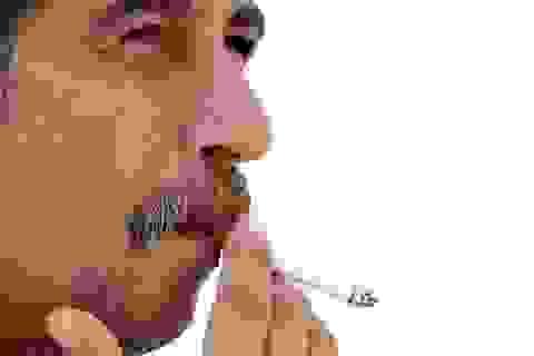 Đàn ông hút thuốc có nguy cơ loãng xương cao