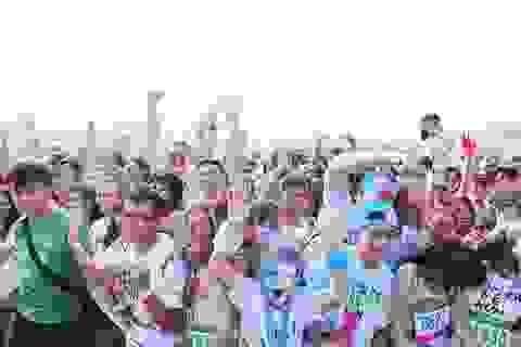 Color Me Run tiếp tục phủ đầy màu sắc khắp Việt Nam