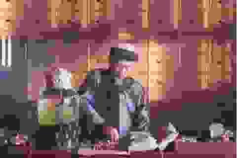 Vén màn bí mật nghề nuôi rắn hổ mang làm… dược phẩm
