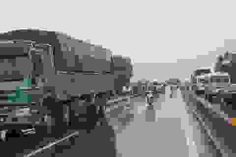 Xe tải va chạm xe máy, 1 nam thanh niên tử vong