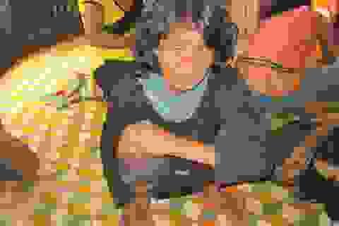Mất trộm bò, bà lão nghèo đau khổ bỏ ăn