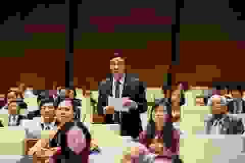 Đại biểu chưa hài lòng phần trả lời của Chánh án TAND Tối cao