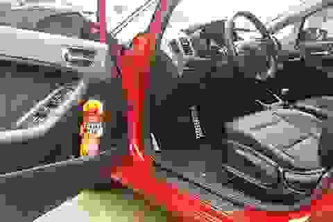 Bộ Công an buộc ô tô phải trang bị bình cứu hỏa là đúng luật